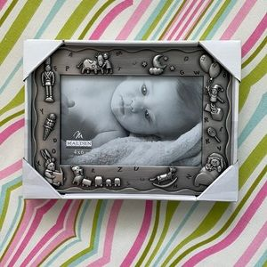 NWOT Baby Picture Frame